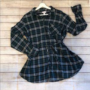 Ingrid & Isabel Maternity | plaid flannel tunic